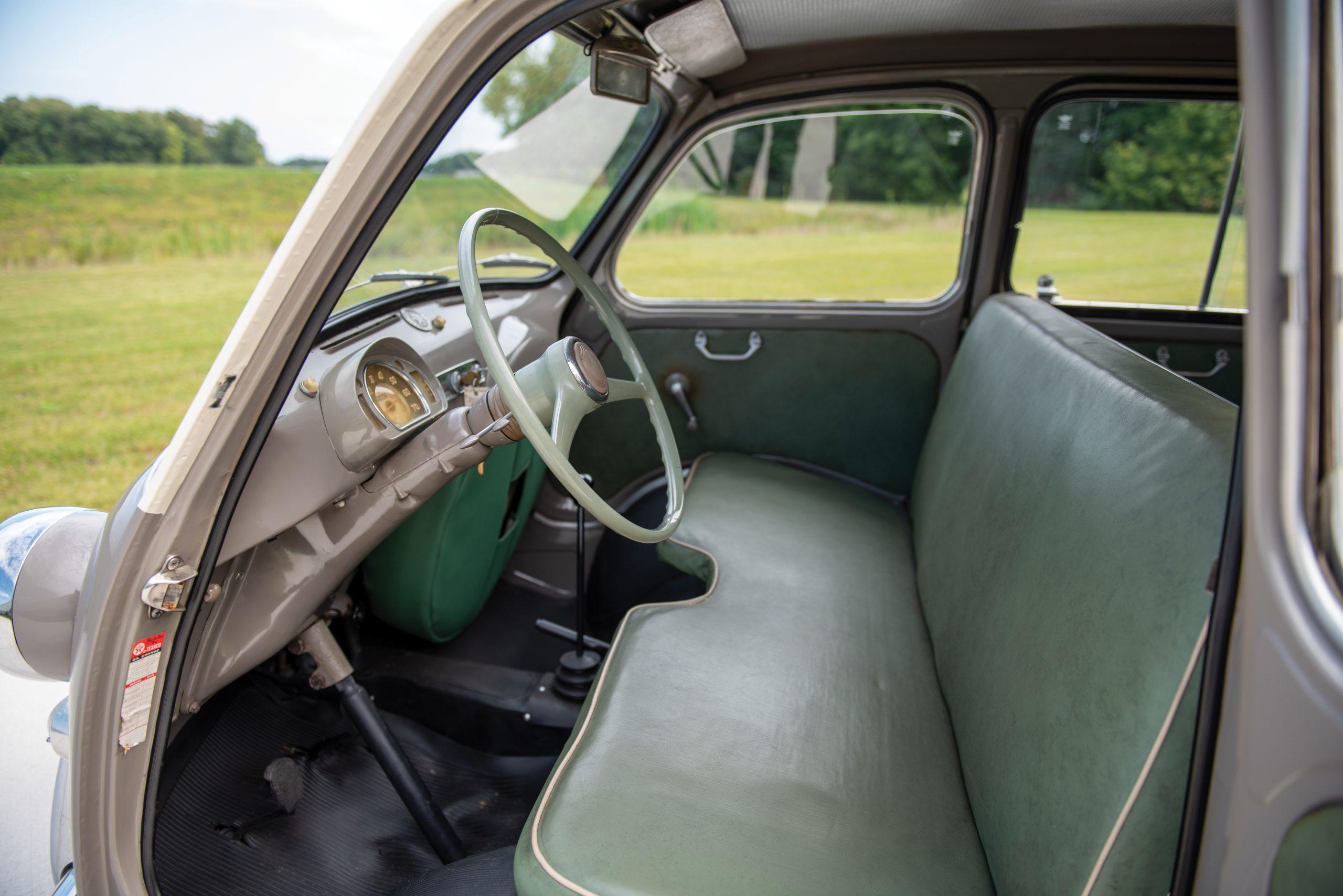 1958 Fiat 600 Multipla interior