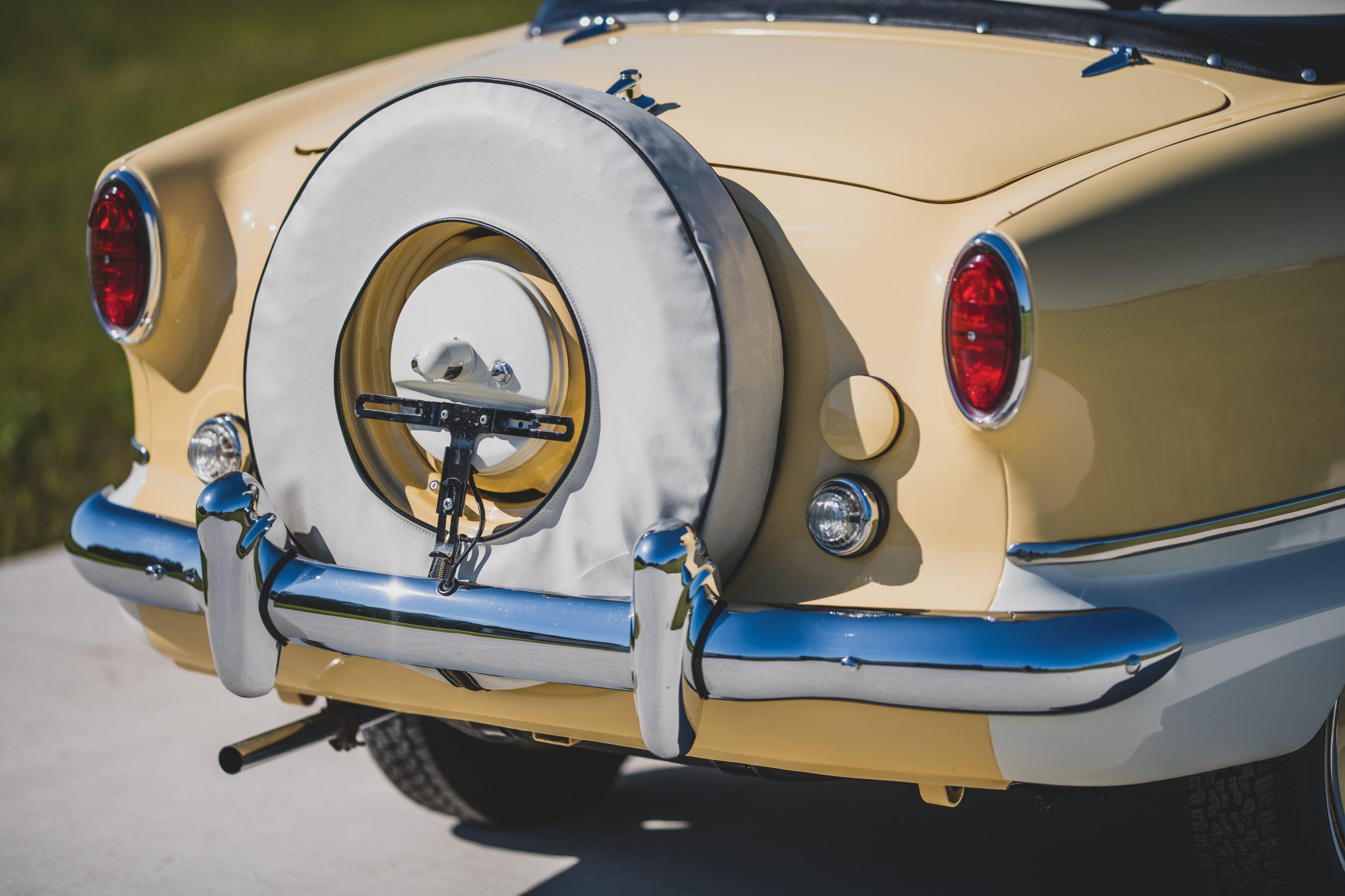 AMC Metropolitan 1500 Convertible rear detail