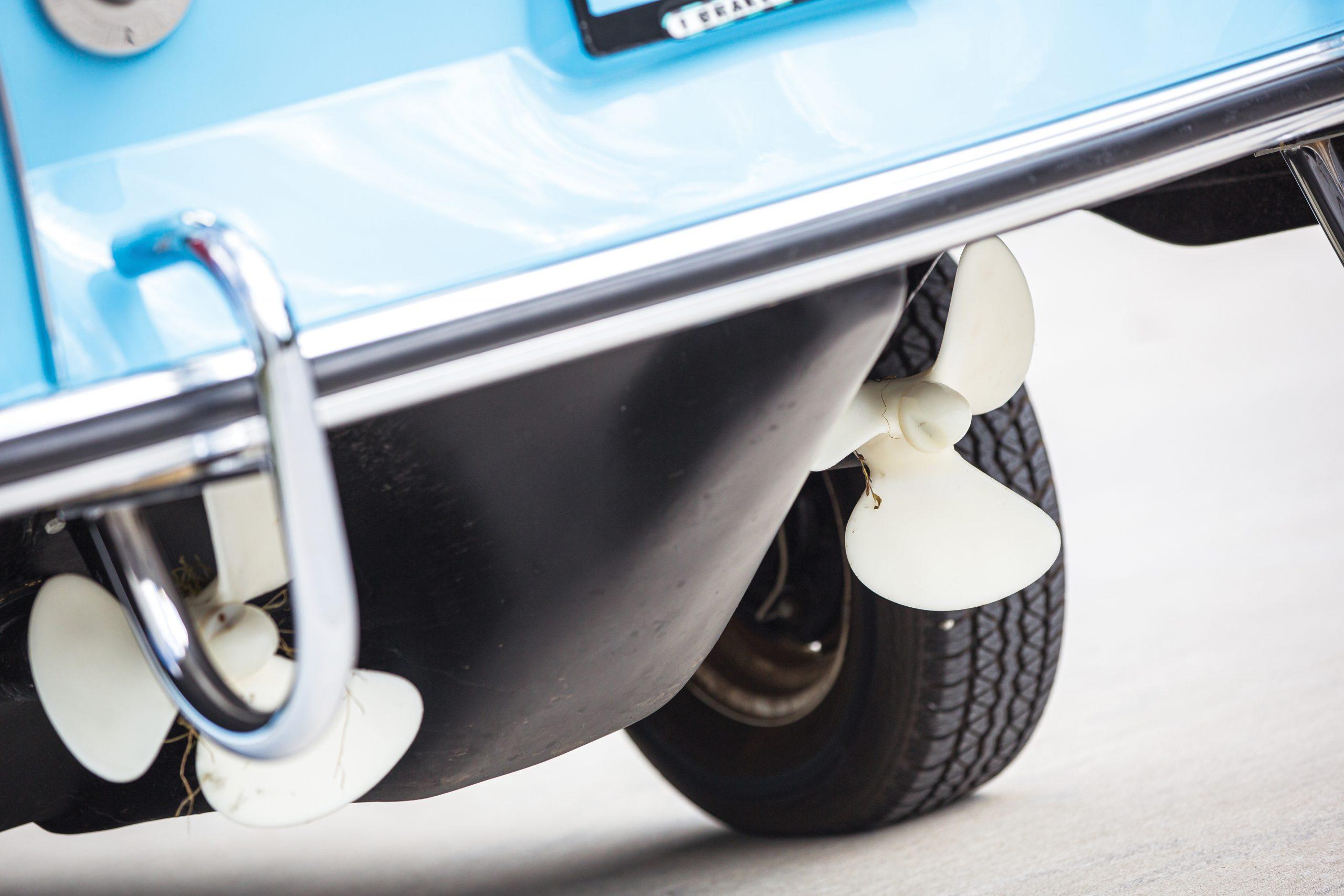 1966 Amphicar 770 rear rudder props