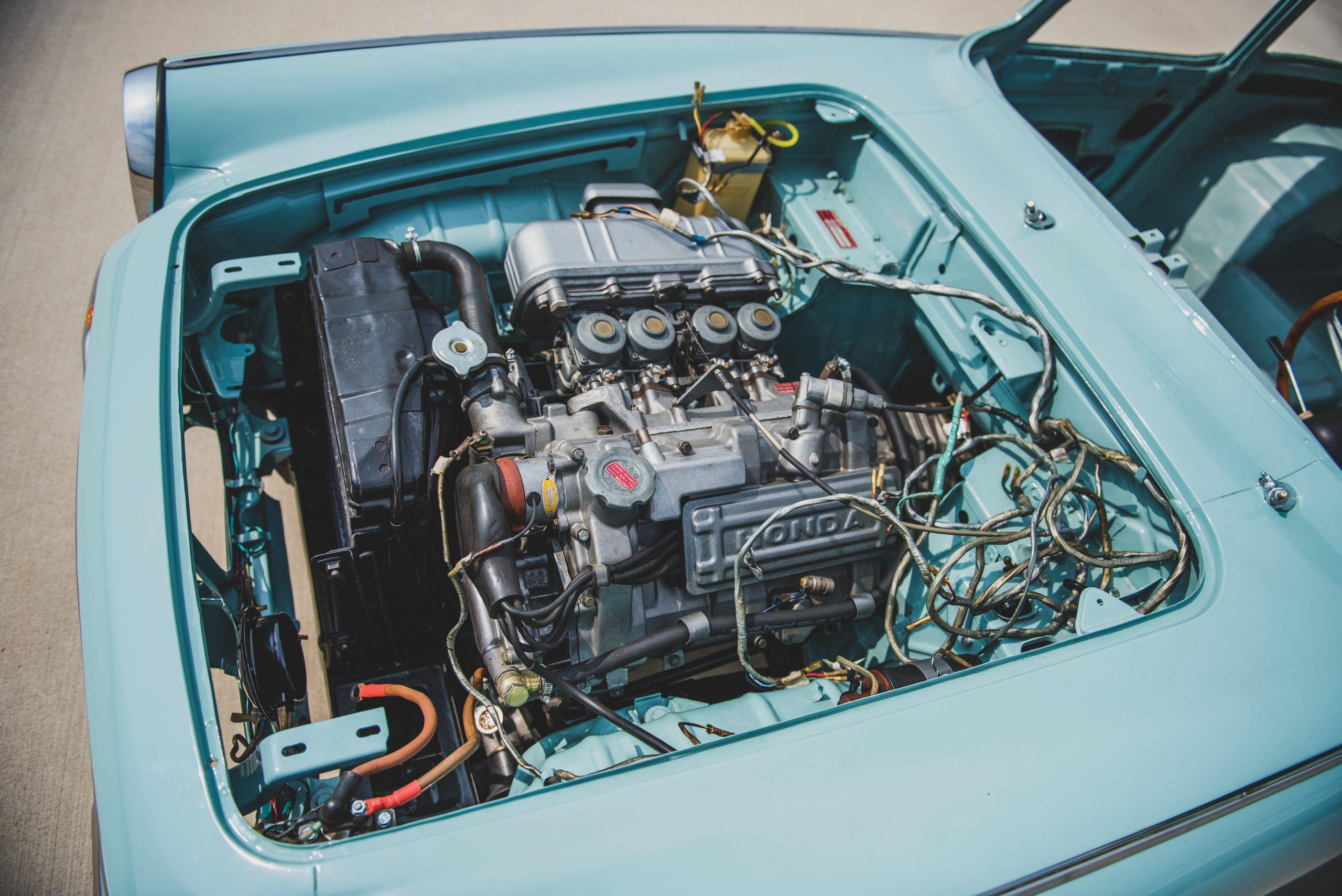 1966 Honda S600 Coupe engine