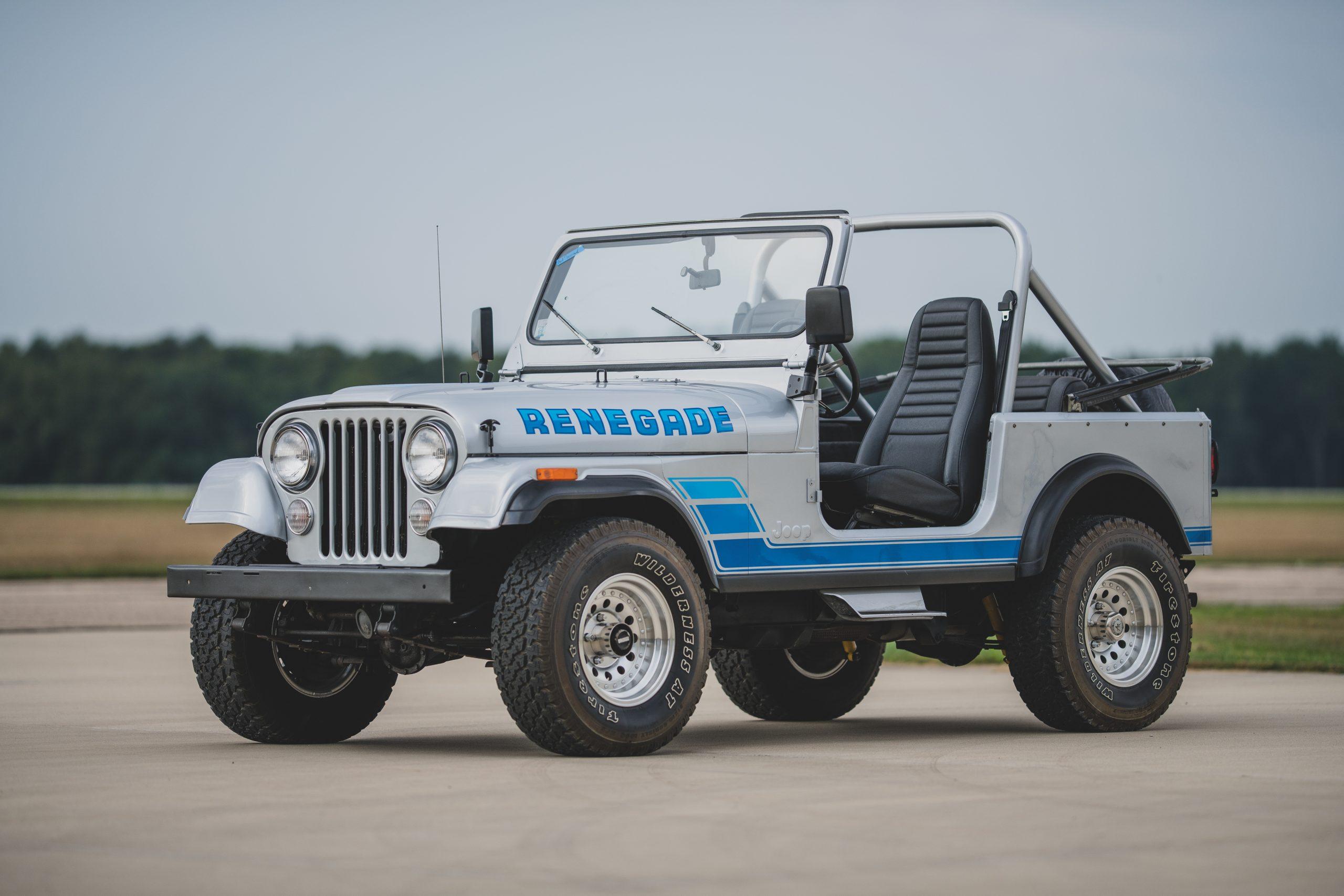 Jeep CJ7 Renegade front three-quarter