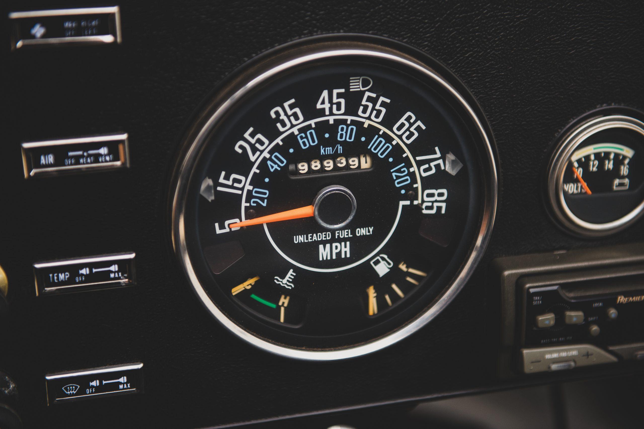 Jeep CJ7 Renegade dash speedo detail