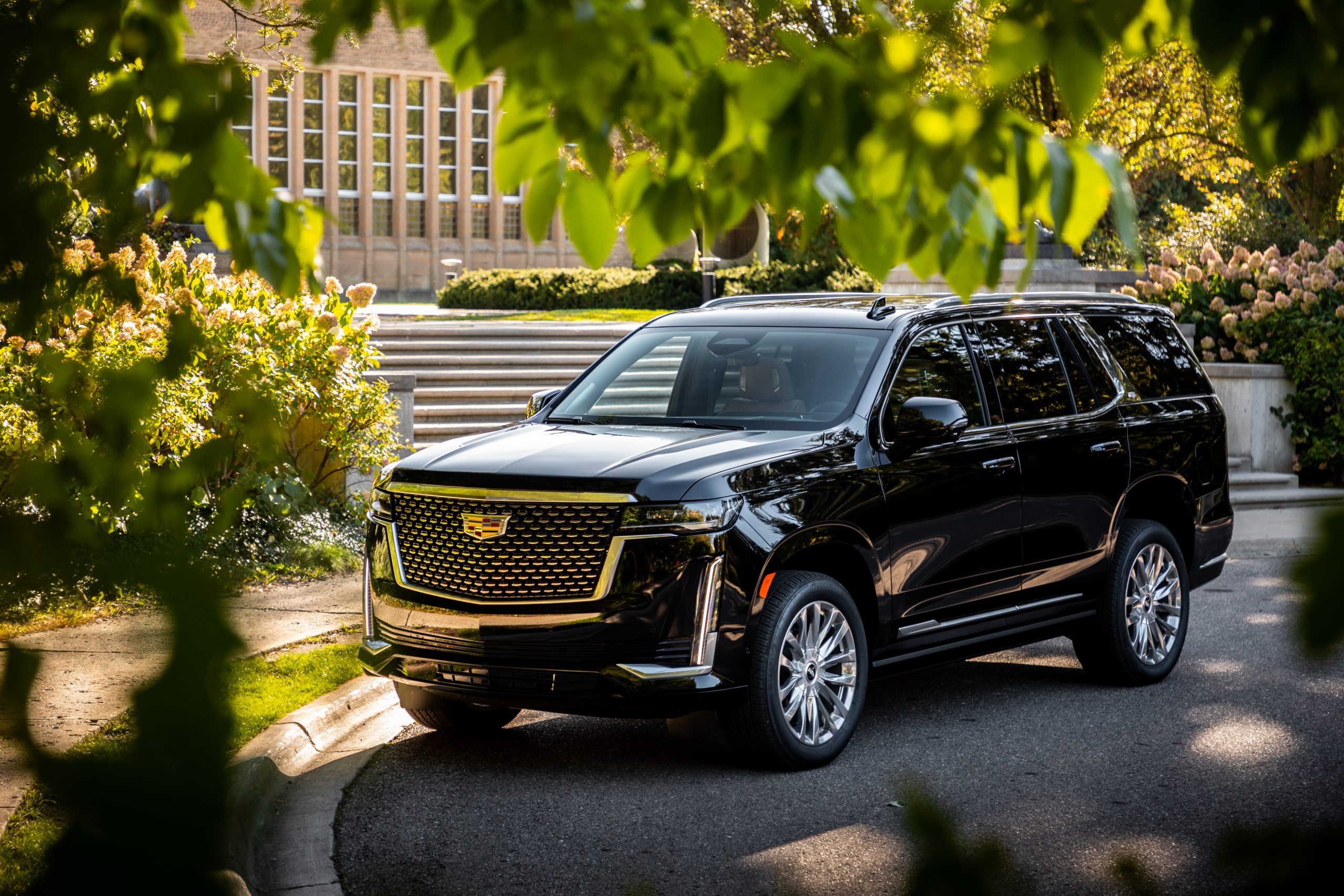 cadillac escalade front three-quarter