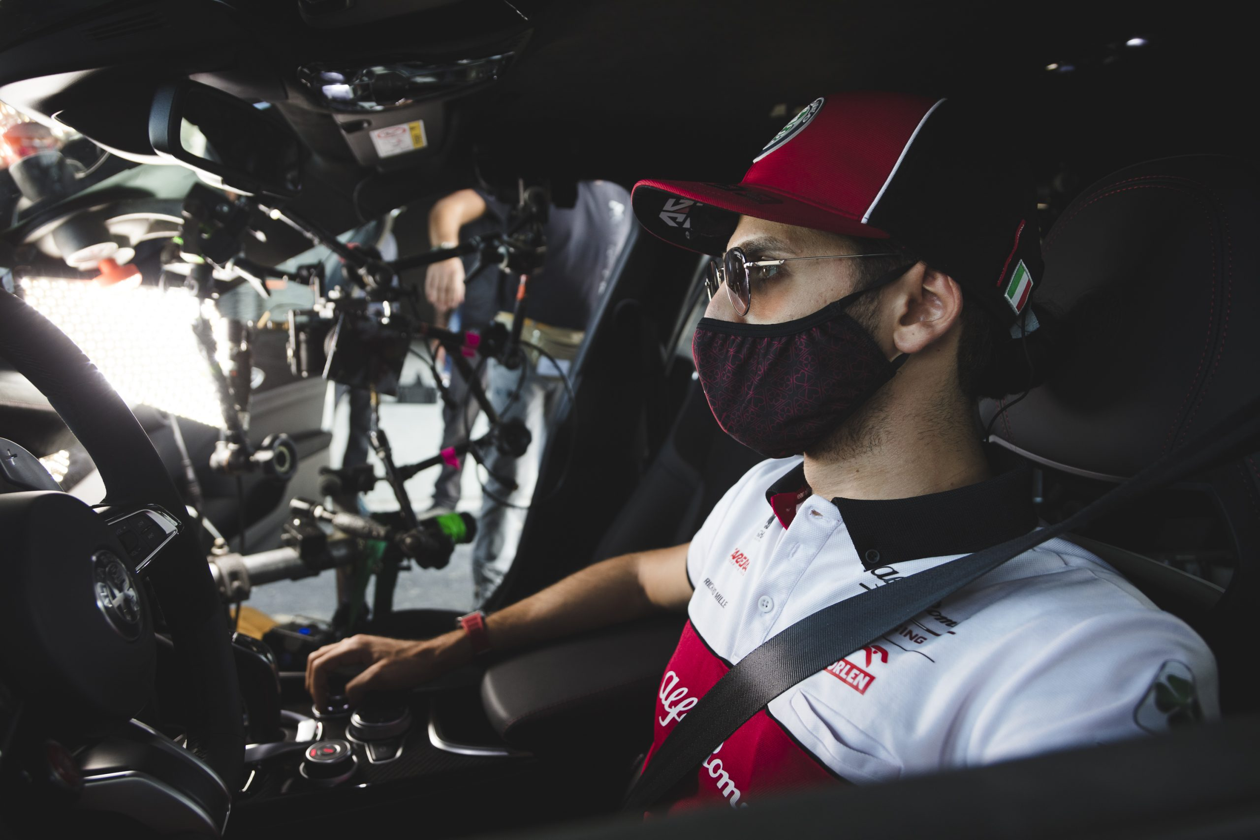 Antonio Giovinazzi and Alfa GTA(7)