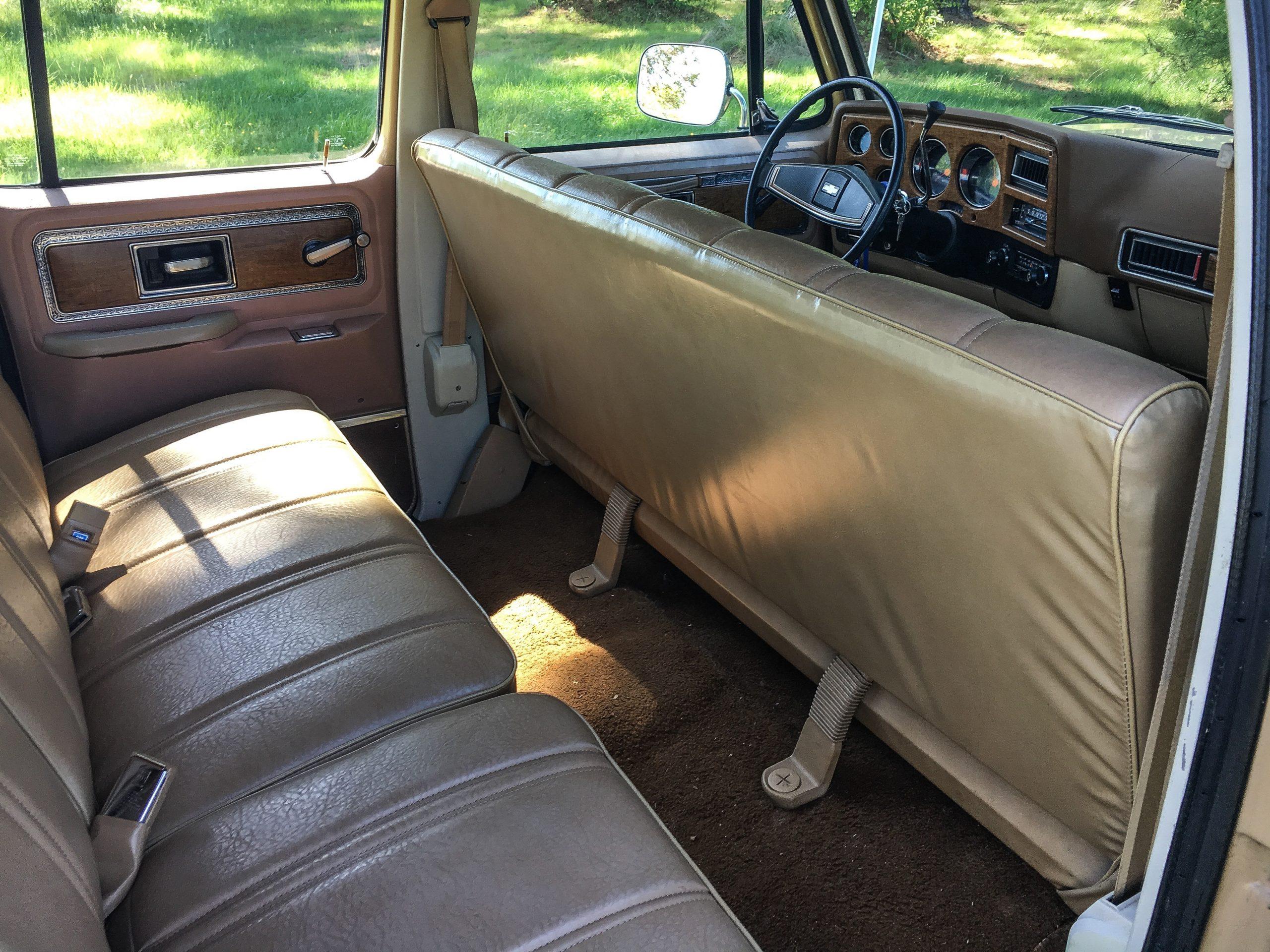 1977 Chevrolet Suburban interior rear seats