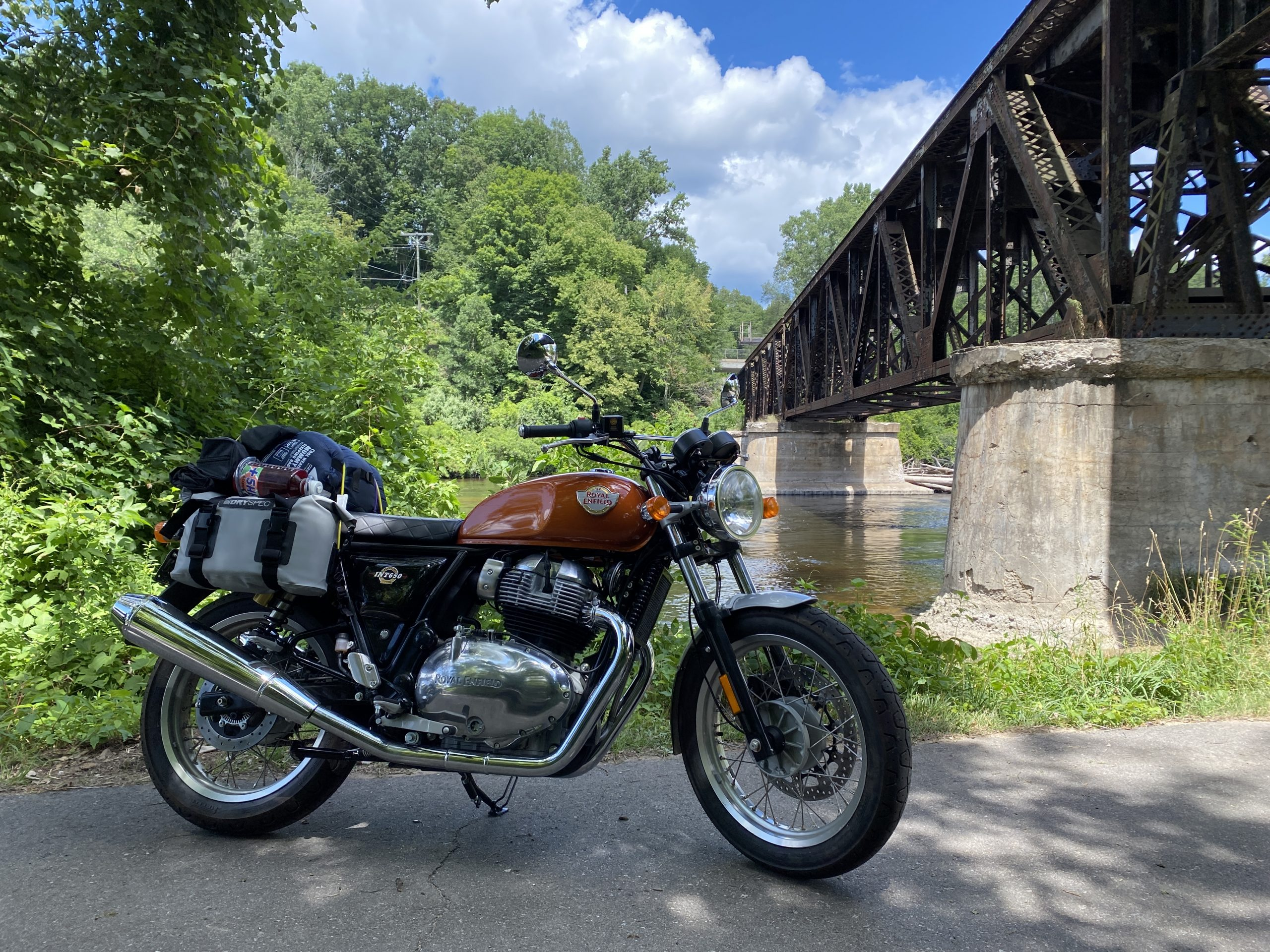 gingerman moto trip Royal Enfield with luggage