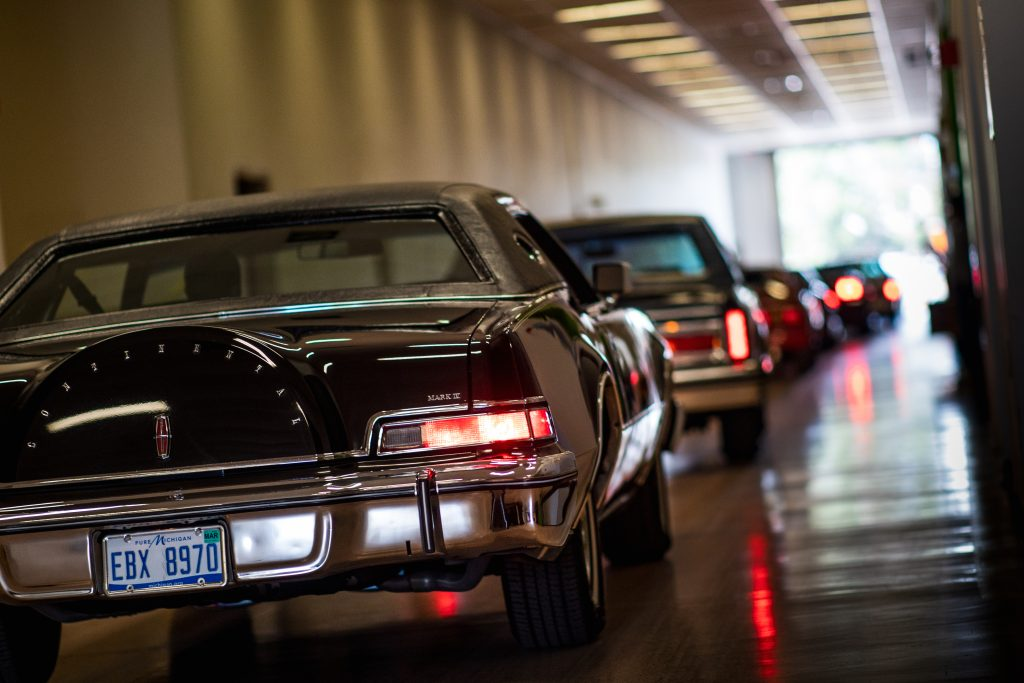 Lincoln hallway PDC closing car show