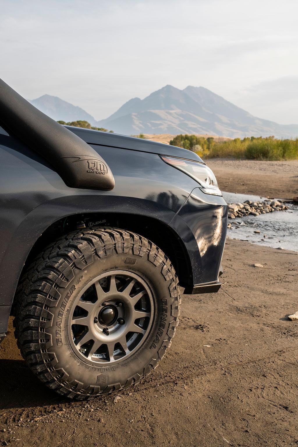 Lexus J201 Concept front wheel detail