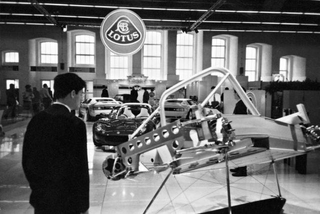 Lotus Elise extruded aluminium chassis