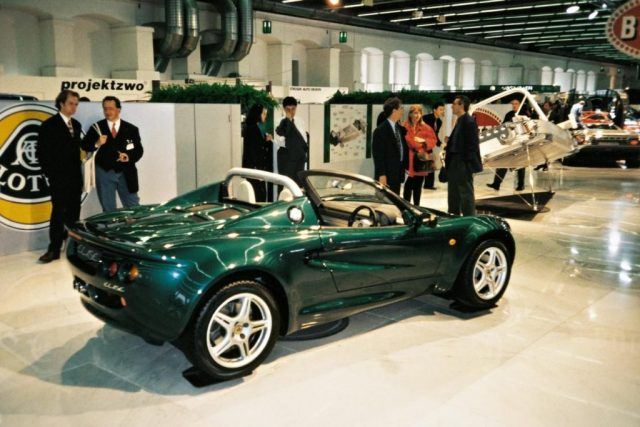 lotus elise frankfurt motor show launch