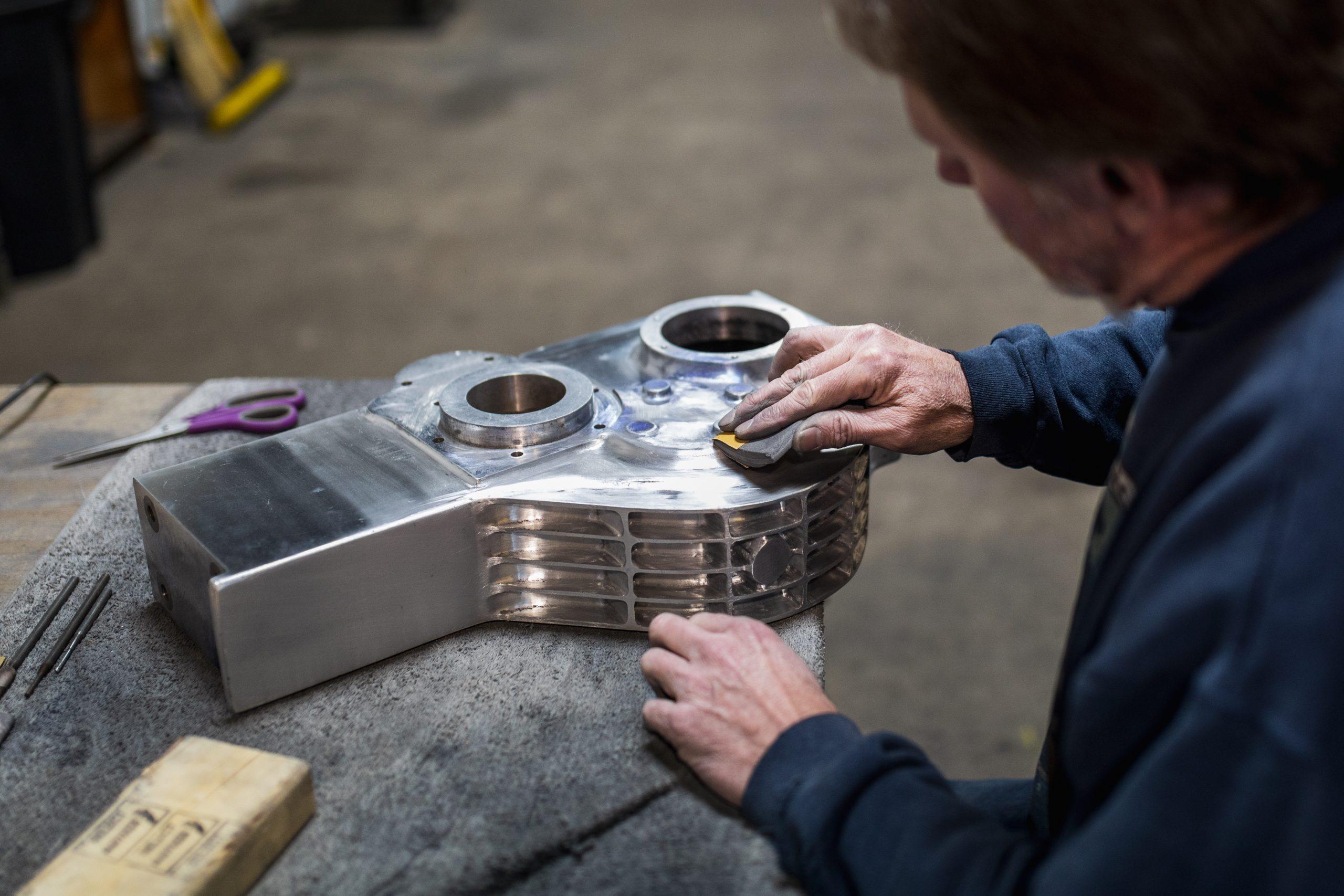 engine part polishing