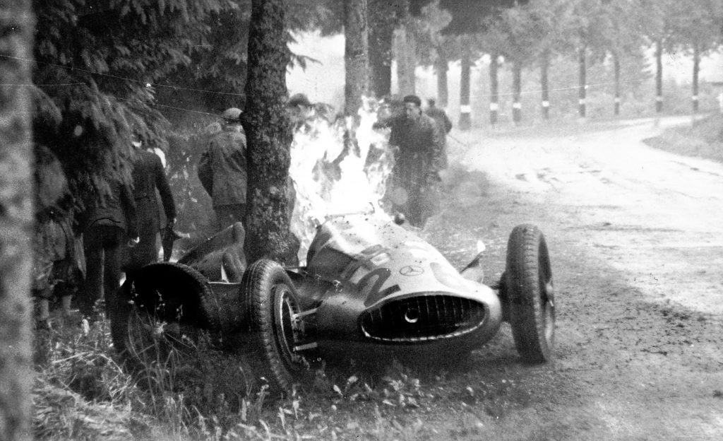 richard seamans mercedes benz crash caught fire
