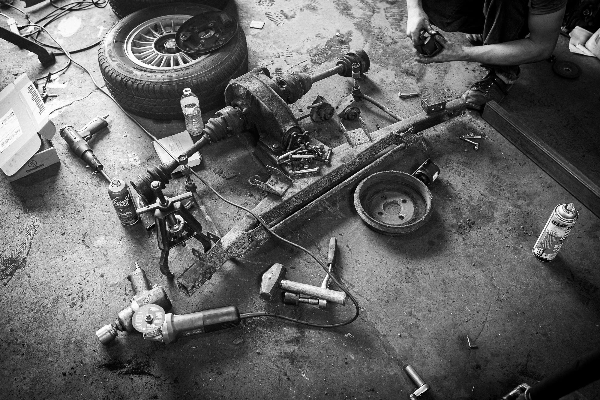bmw 2002 resto rear end components