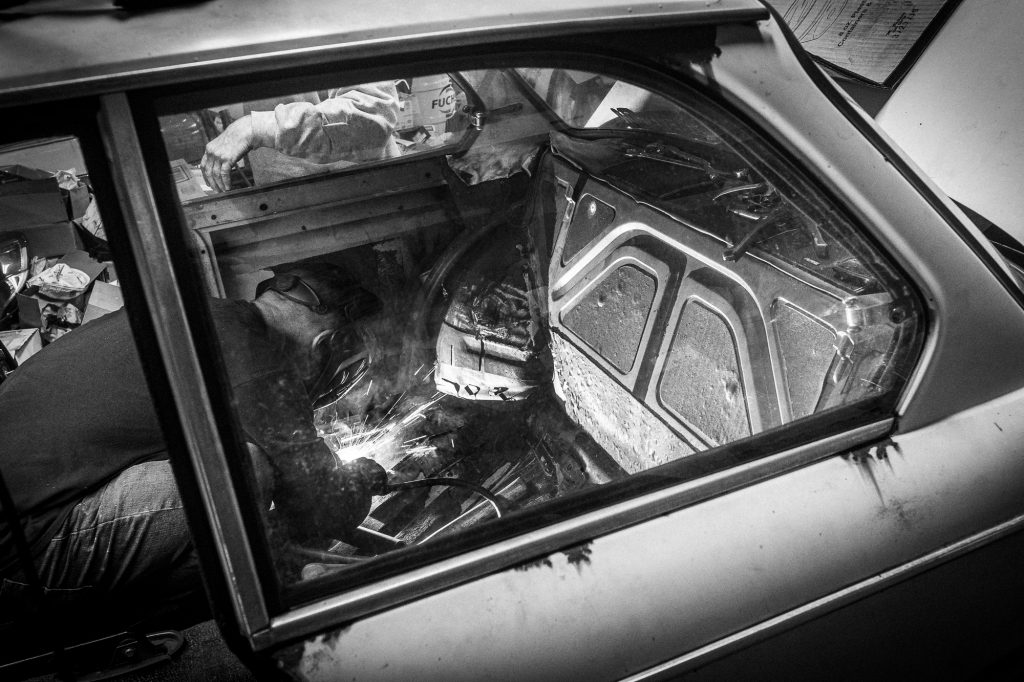 bmw 2002 resto interior welding