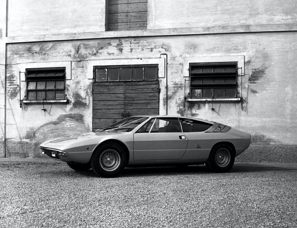 Lamborghini Urraco front three-quarter vintage photo