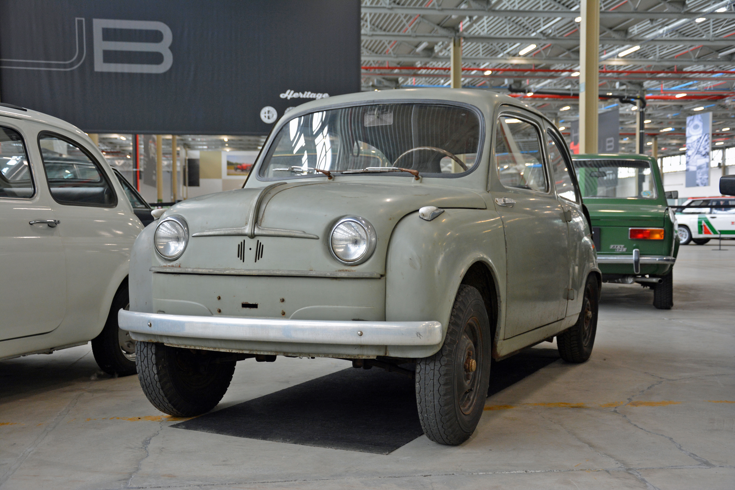 1951 fiat 100 prototype front three-quarter