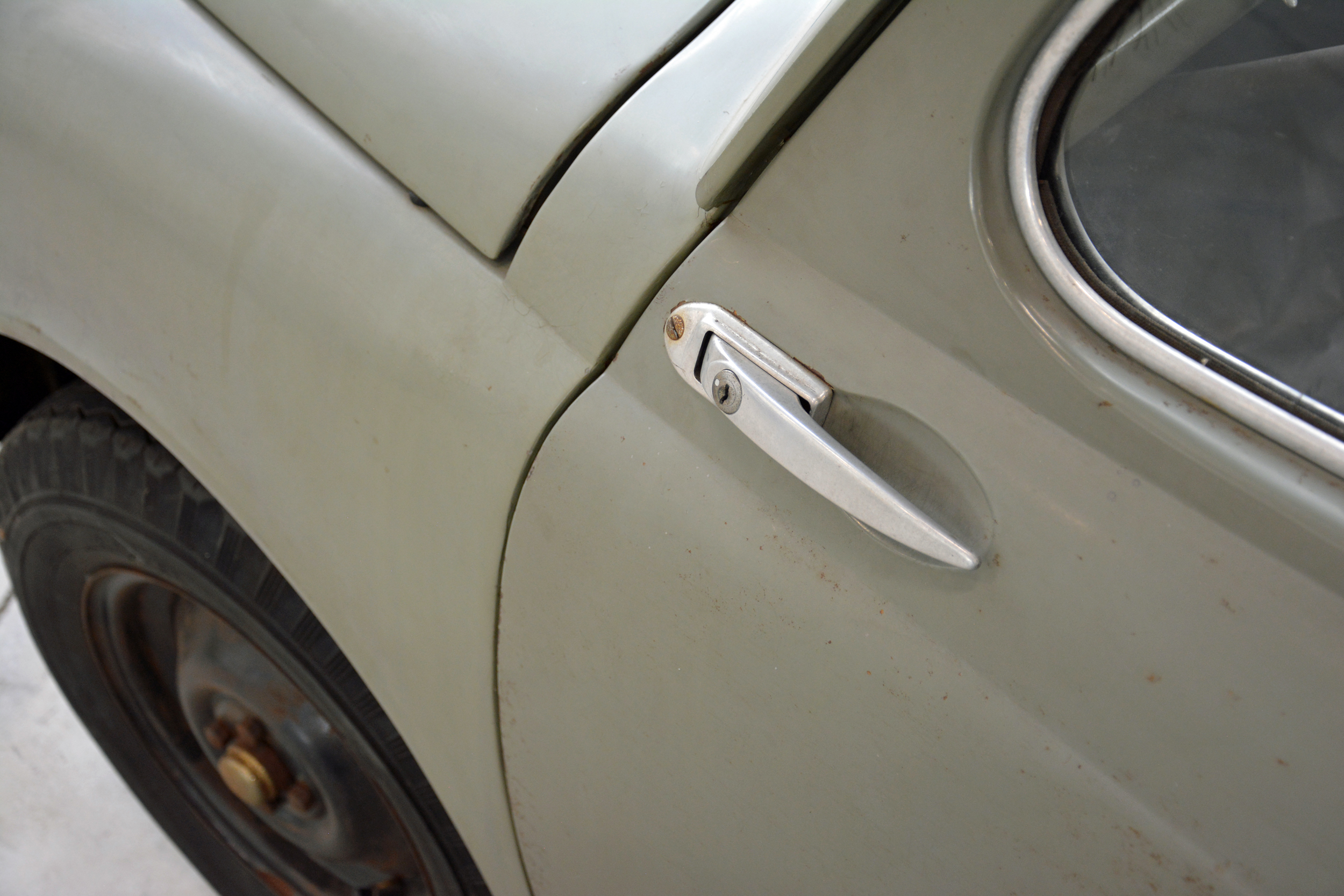 1951 fiat 100 prototype door handle