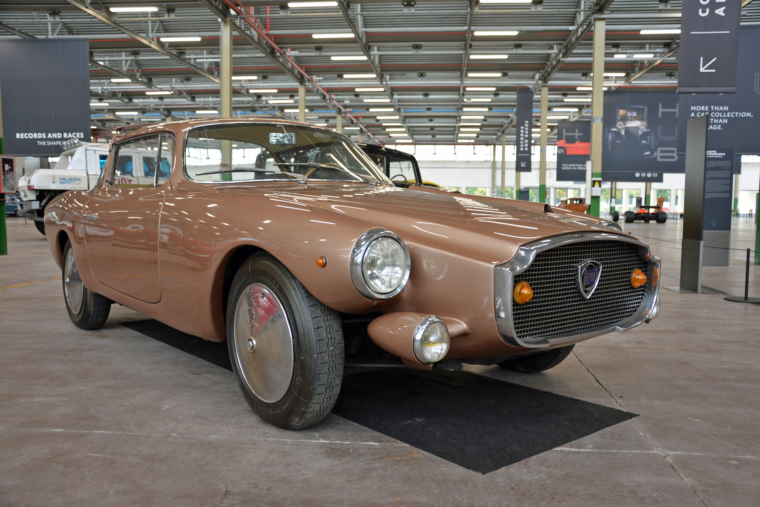 1960 lancia loraymo front three-quarter
