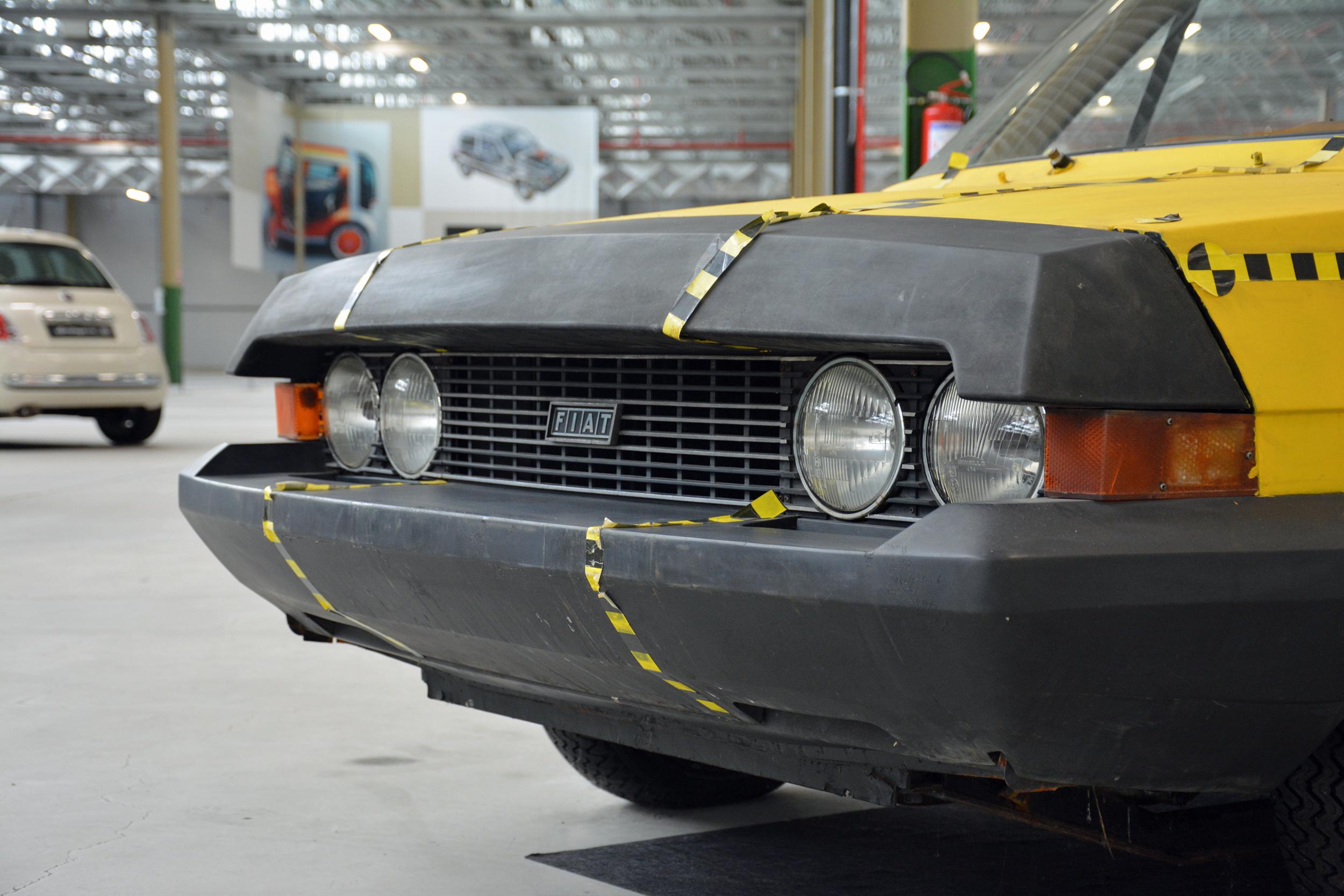 1972 fiat esv 2000 front grille fascia detail