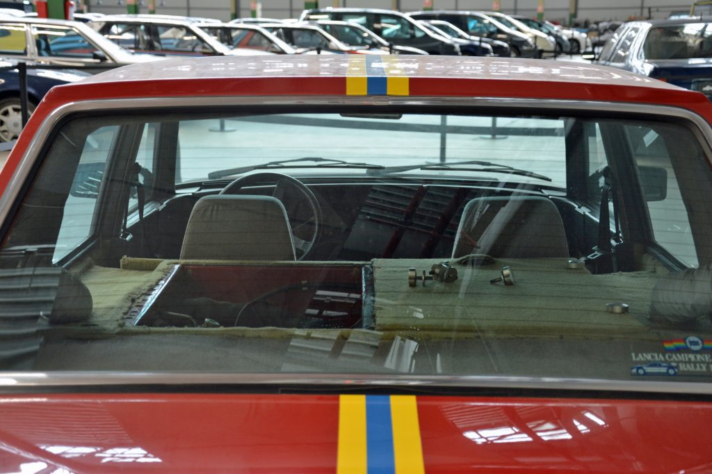1984 lancia trevo bimotore rear window glass