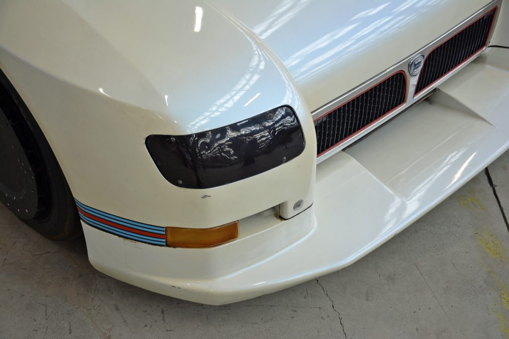 1988 lancia ecv front headlight detail