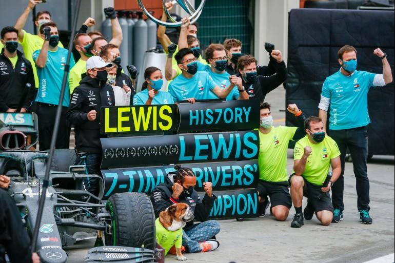 Lewis Hamilton wins 7th F1 title