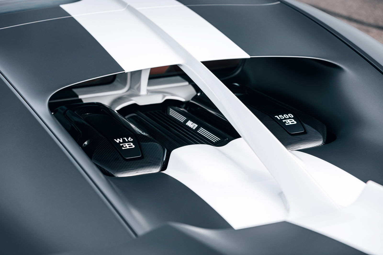 Bugatti chiron-sport_legendes-du-ciel 8