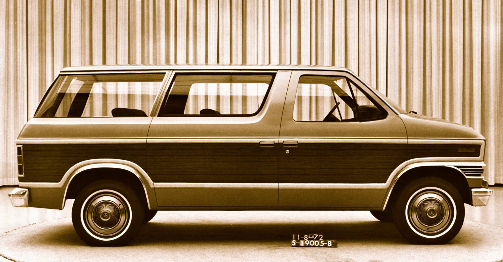 1972 Ford Carousel clay model side