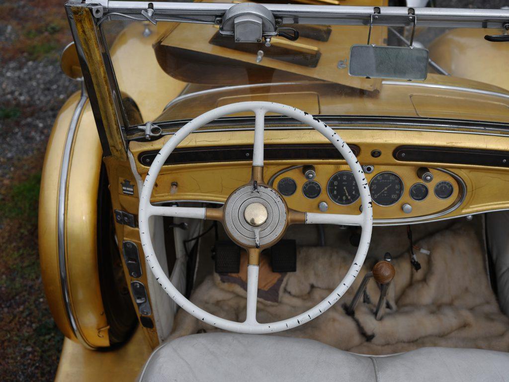 1931 Cadillac V-8 Convertible Coupe interior steering wheel
