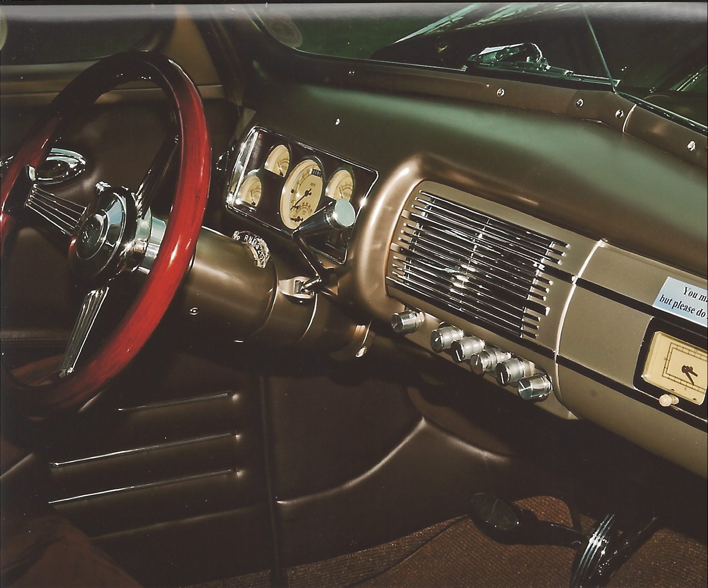 1940 ford deluxe thumper interior