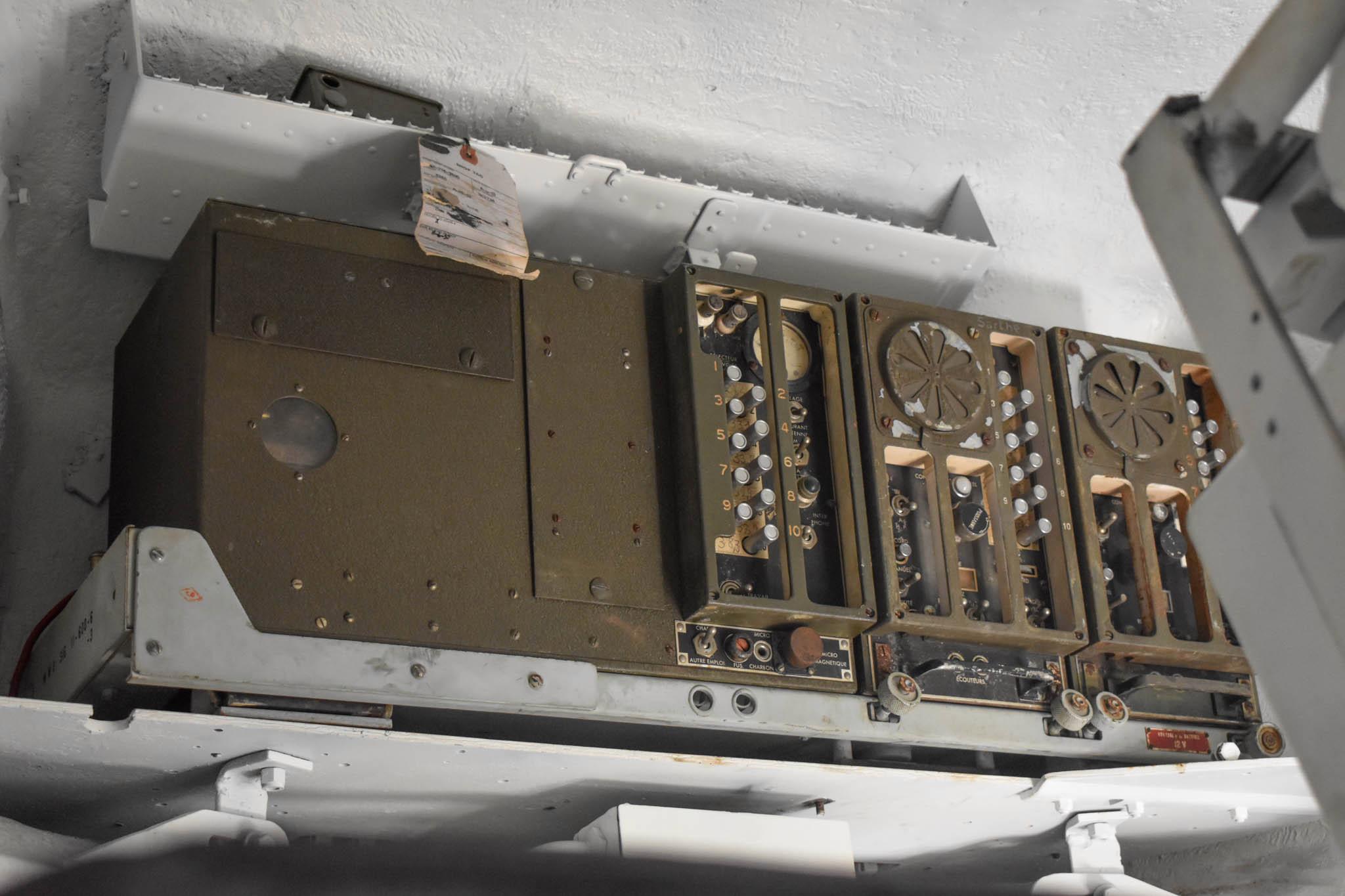 1943 M4A1 Sherman Tank radio close