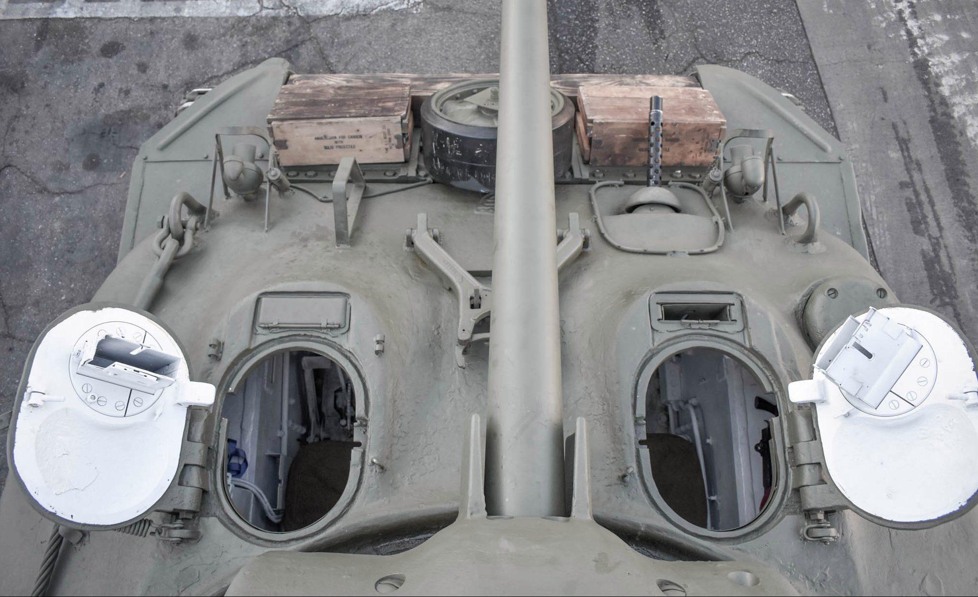 1943 M4A1 Sherman Tank overhead turret gun hatch detail
