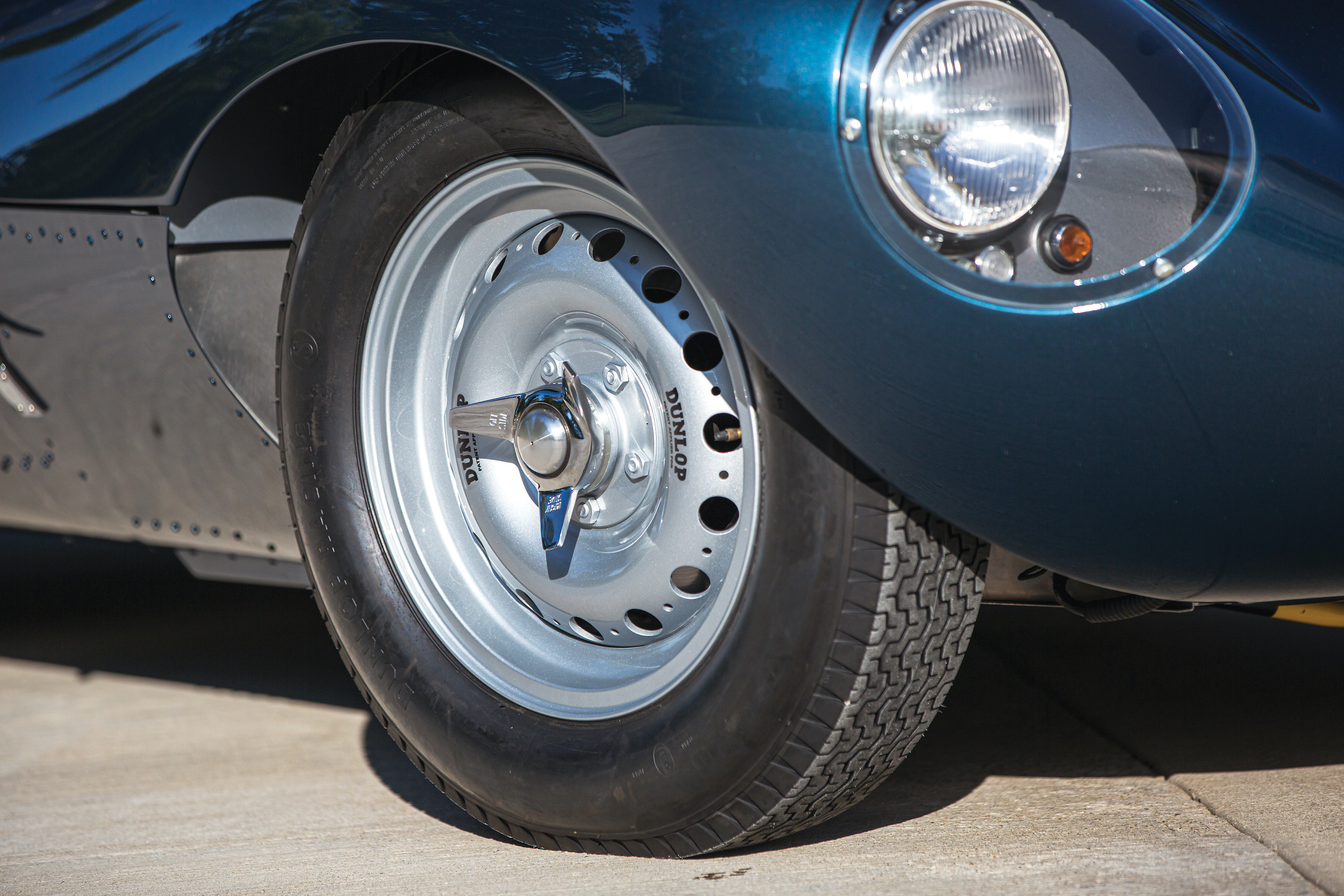 1955 Jag D-Type front wheel detail