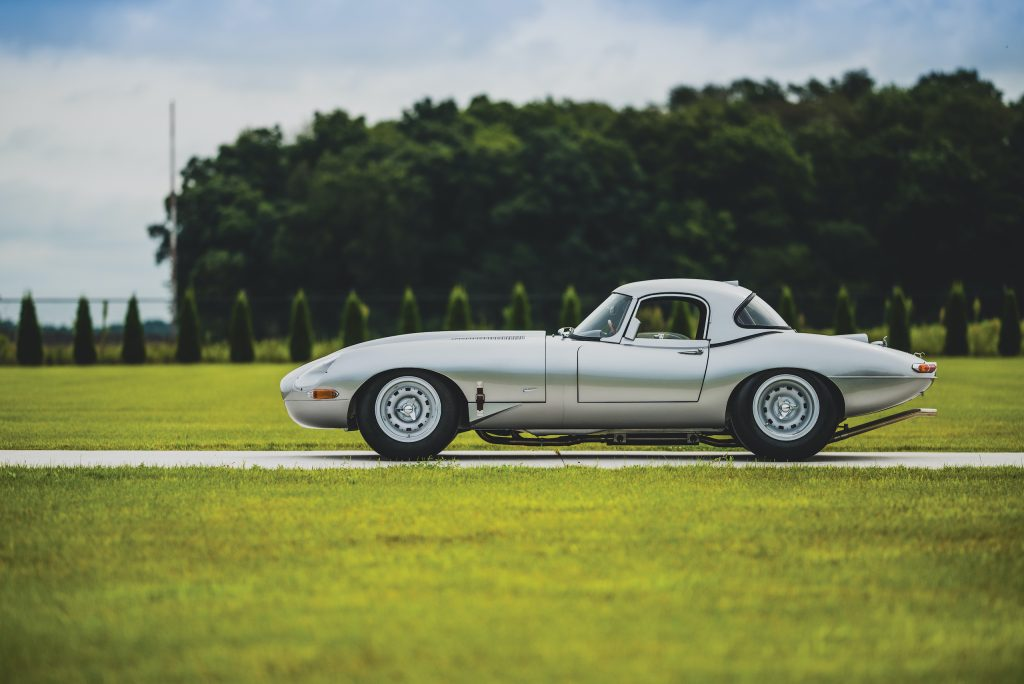 1963 Jag E Type side profile
