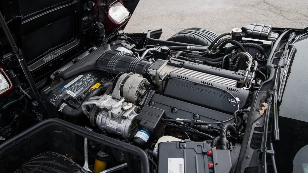 1993 C4 Corvette Engine