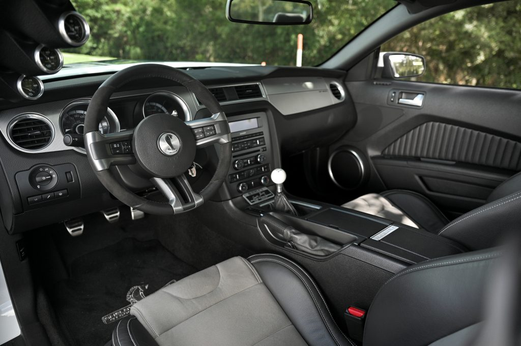 2014 GT500 Super Snake Prototype interior
