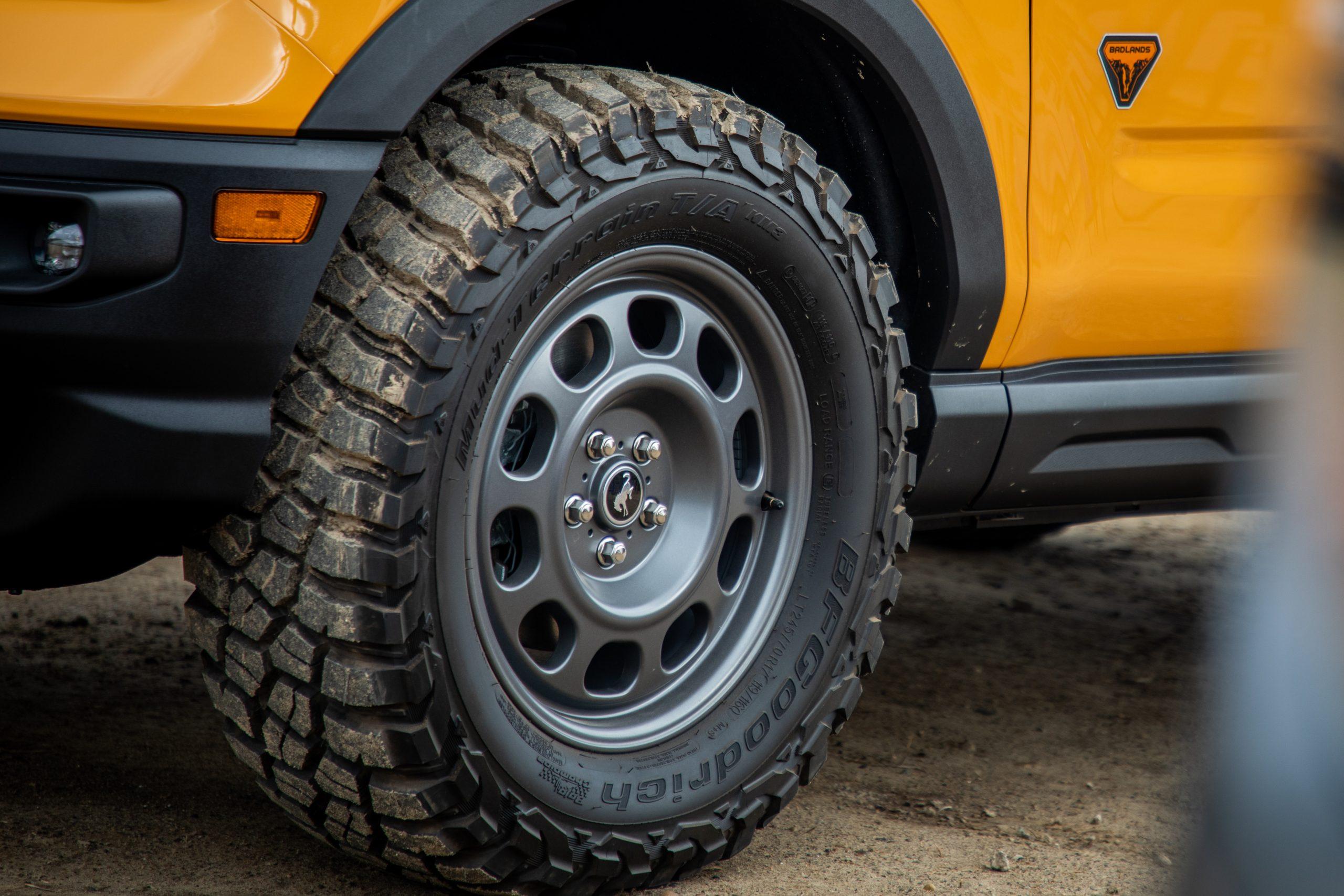 2021 Bronco Sport chunky tire alloy steelie