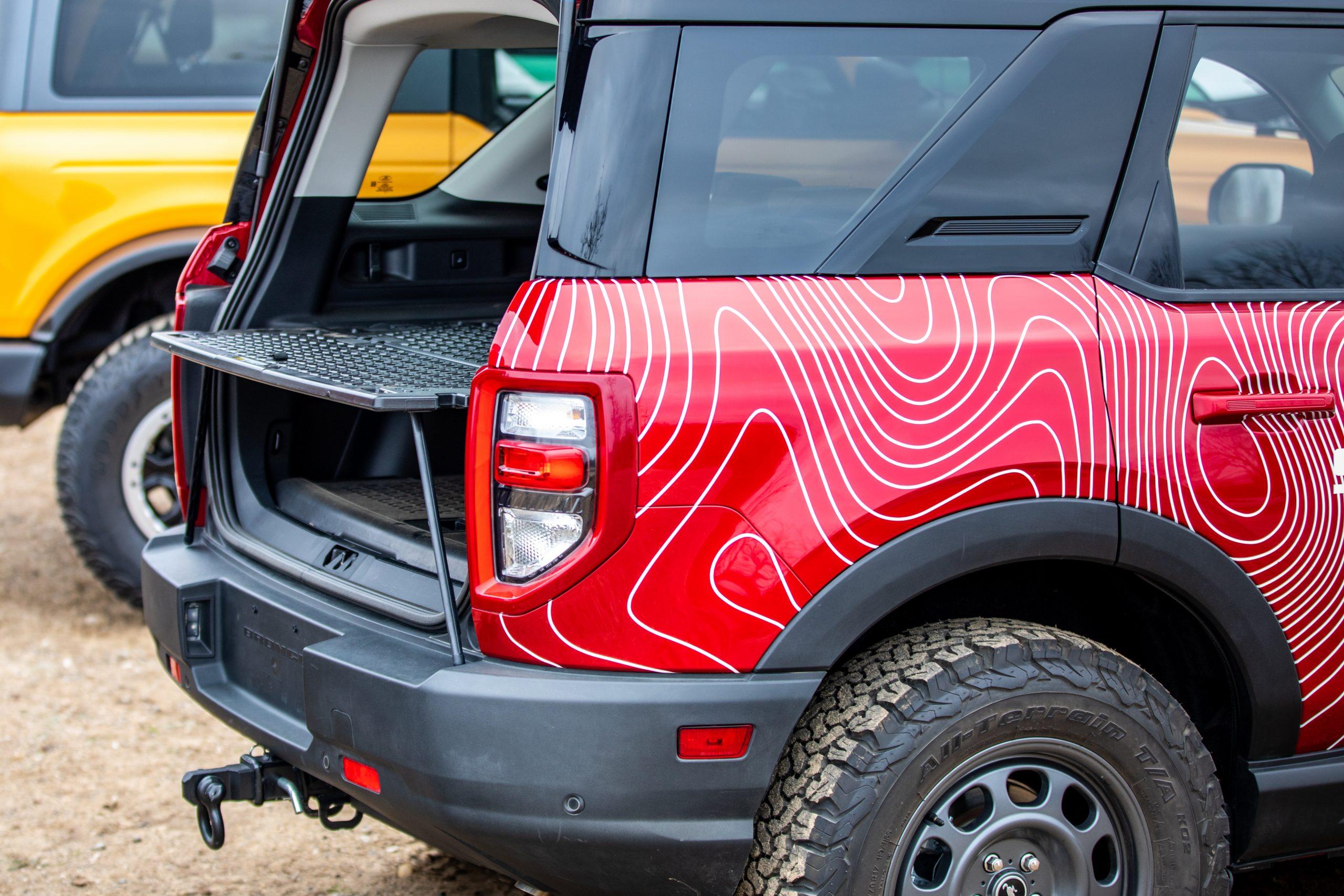 2021 Bronco Sport rear cargo divider table