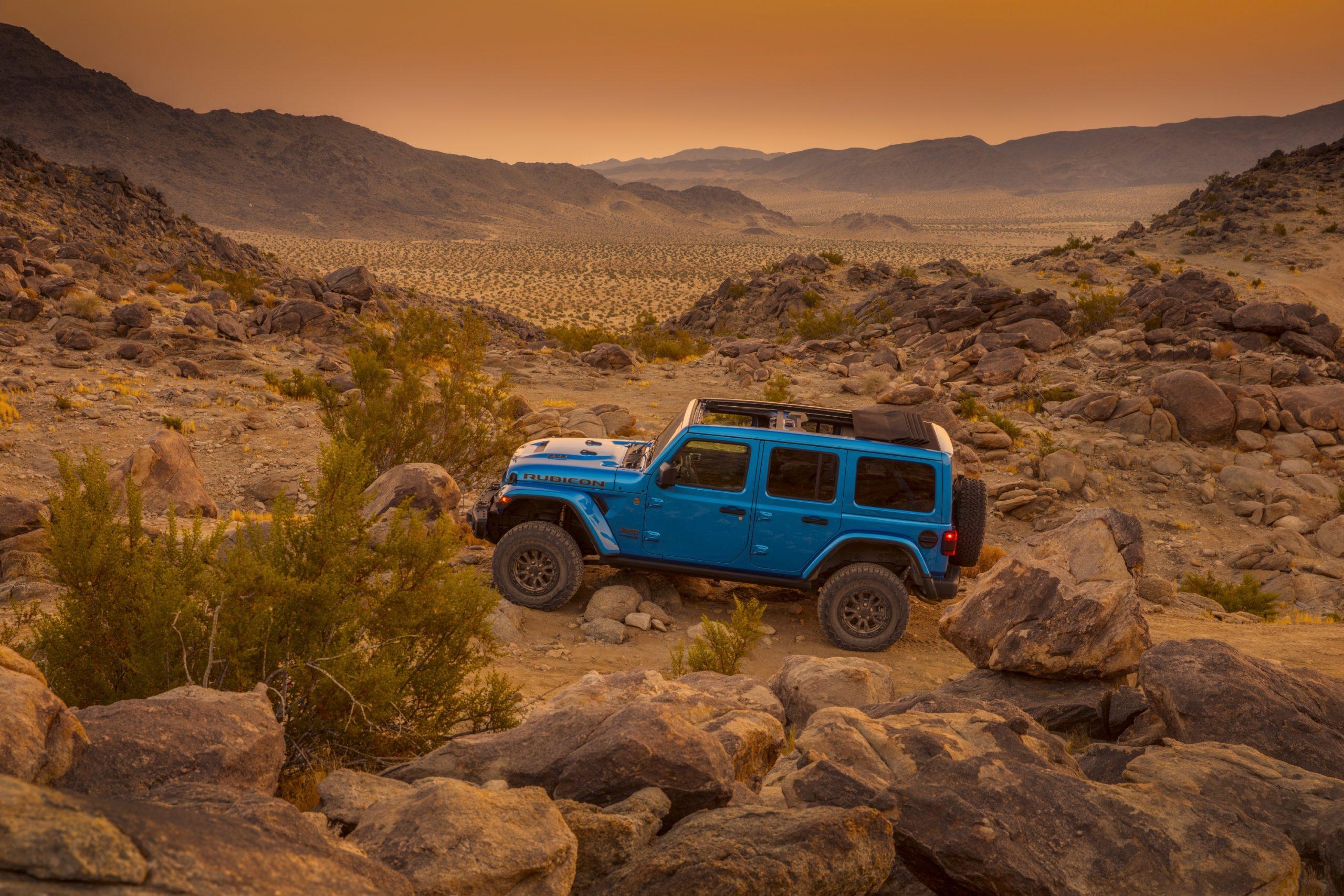 2021 Jeep Wrangler Rubicon 392 blue desert hero shot
