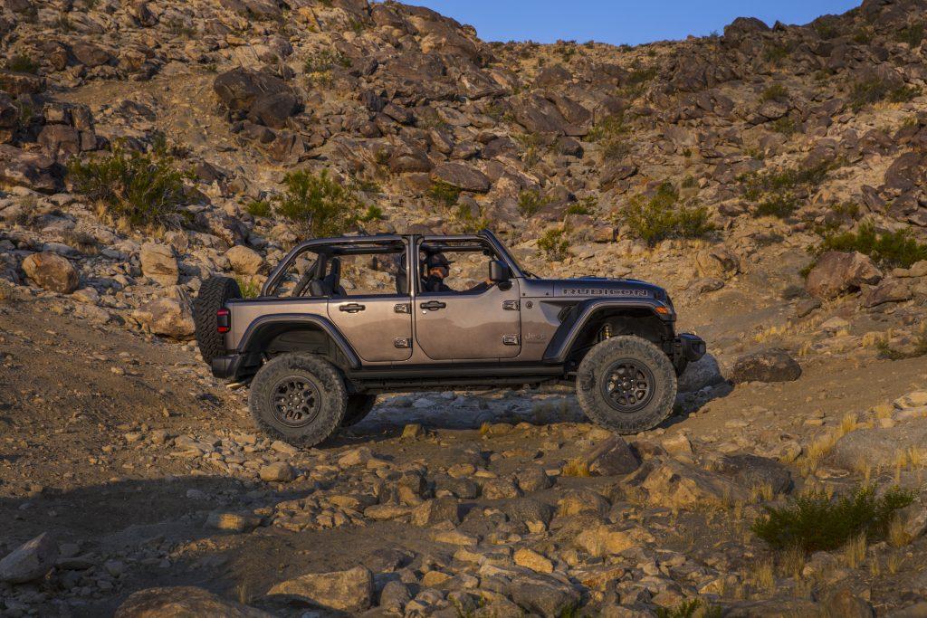 2021 Jeep Wrangler Rubicon 392 gray trail crossing side profile