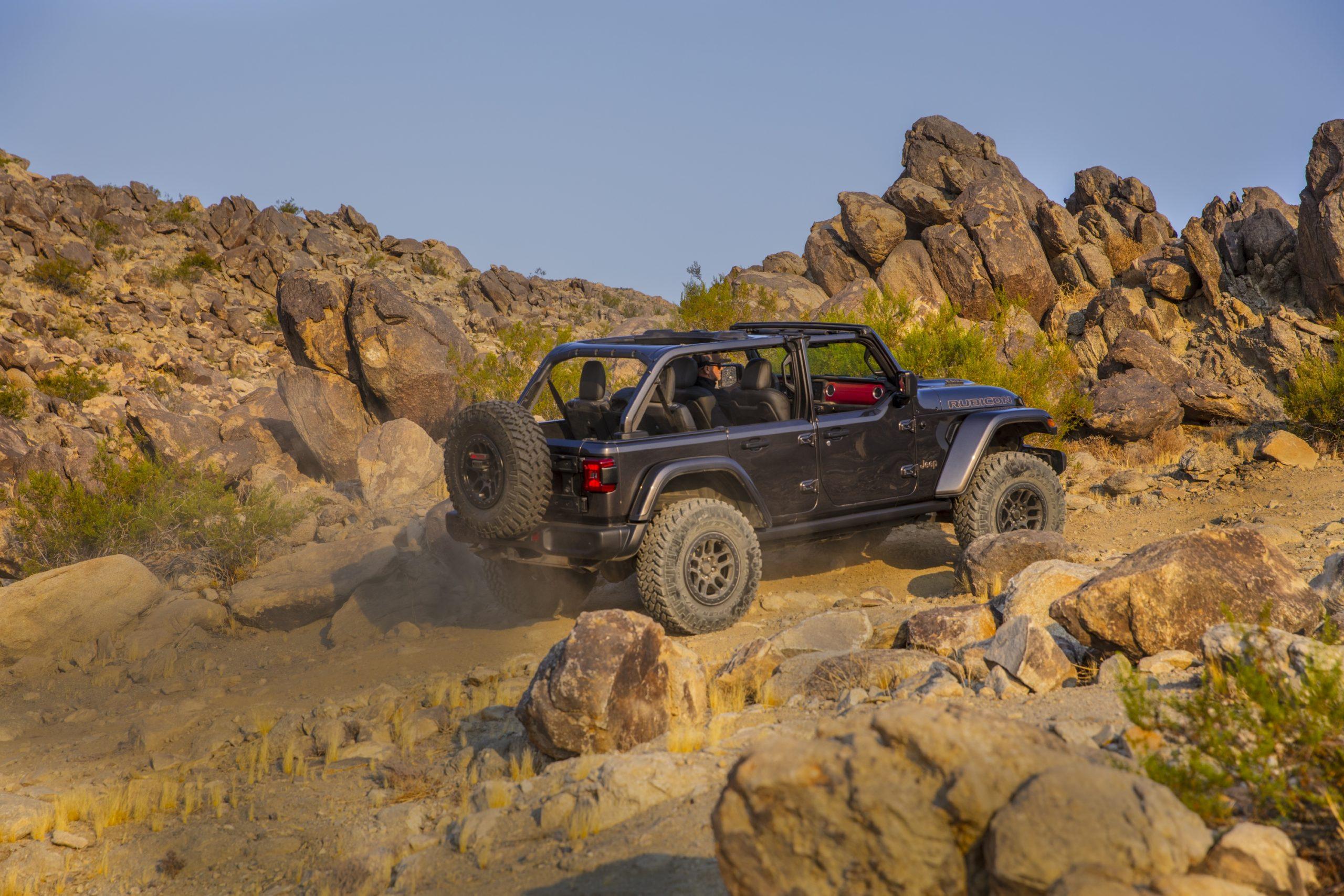 2021 Jeep Wrangler Rubicon 392 gray climbing trail