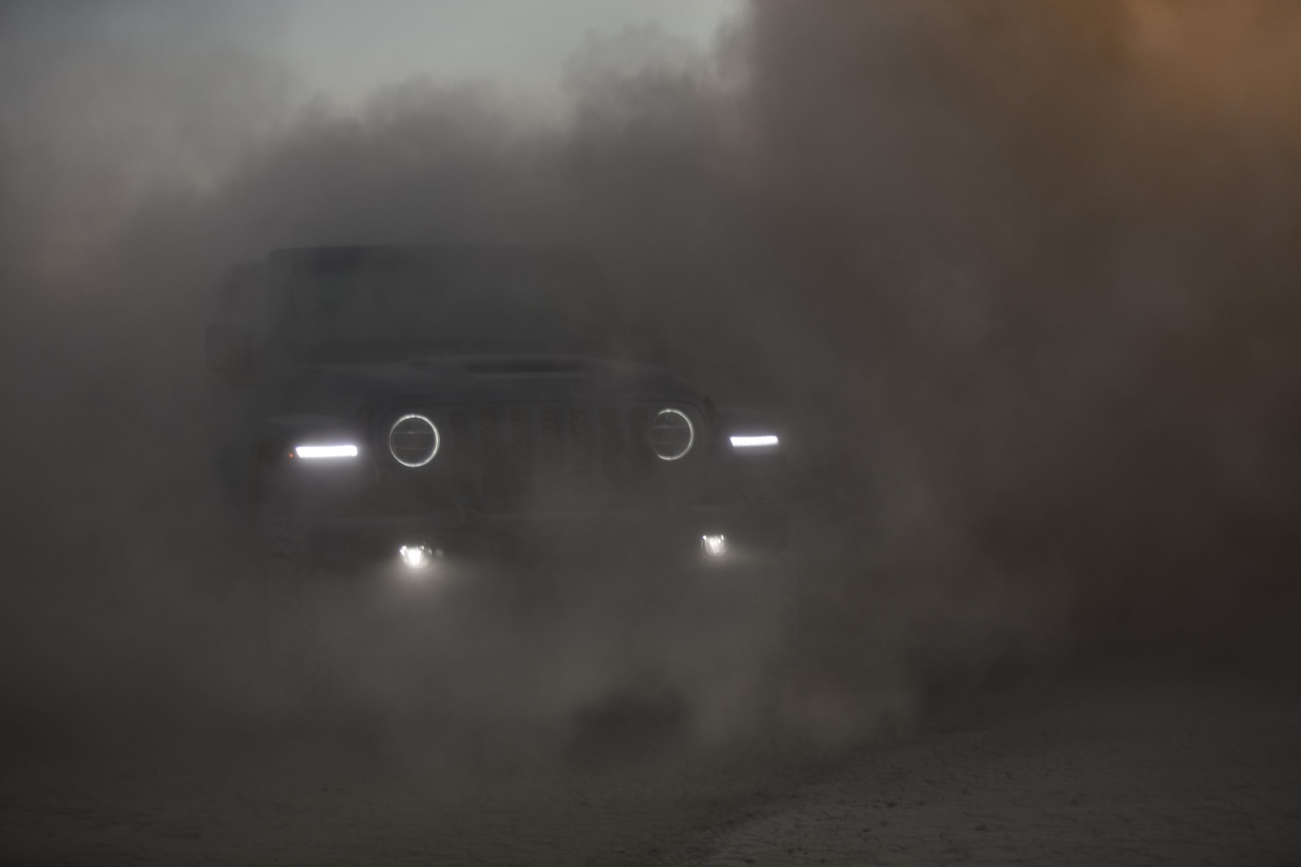 2021 Jeep Wrangler Rubicon 392 gray through dust clouds
