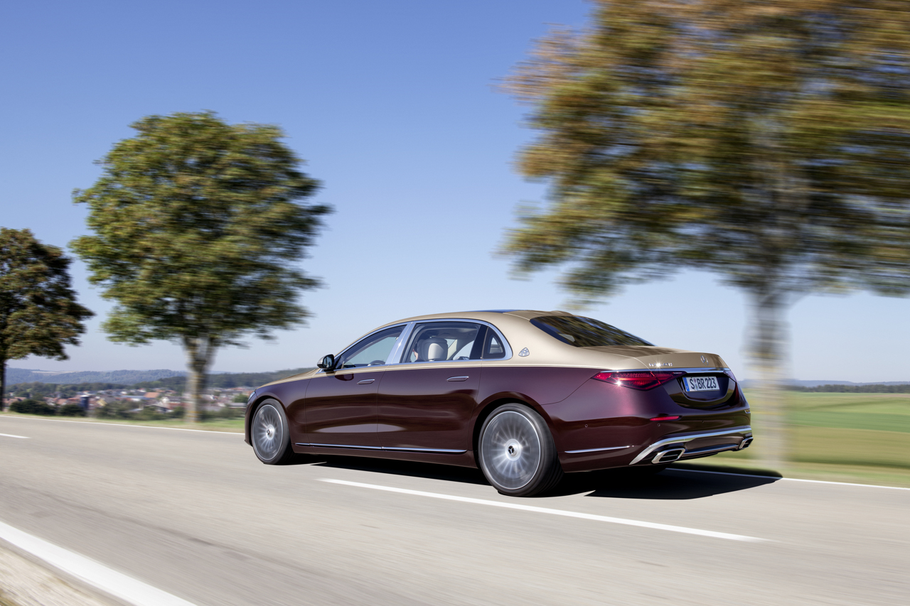 Mercedes-Maybach S-Class 2020 rear tracking