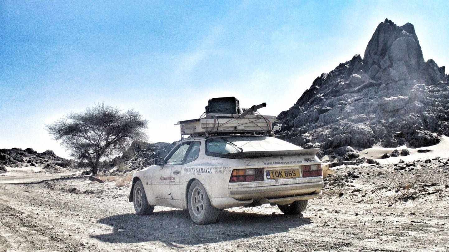 Africa Porsche 944 sans exhaust in Sudan