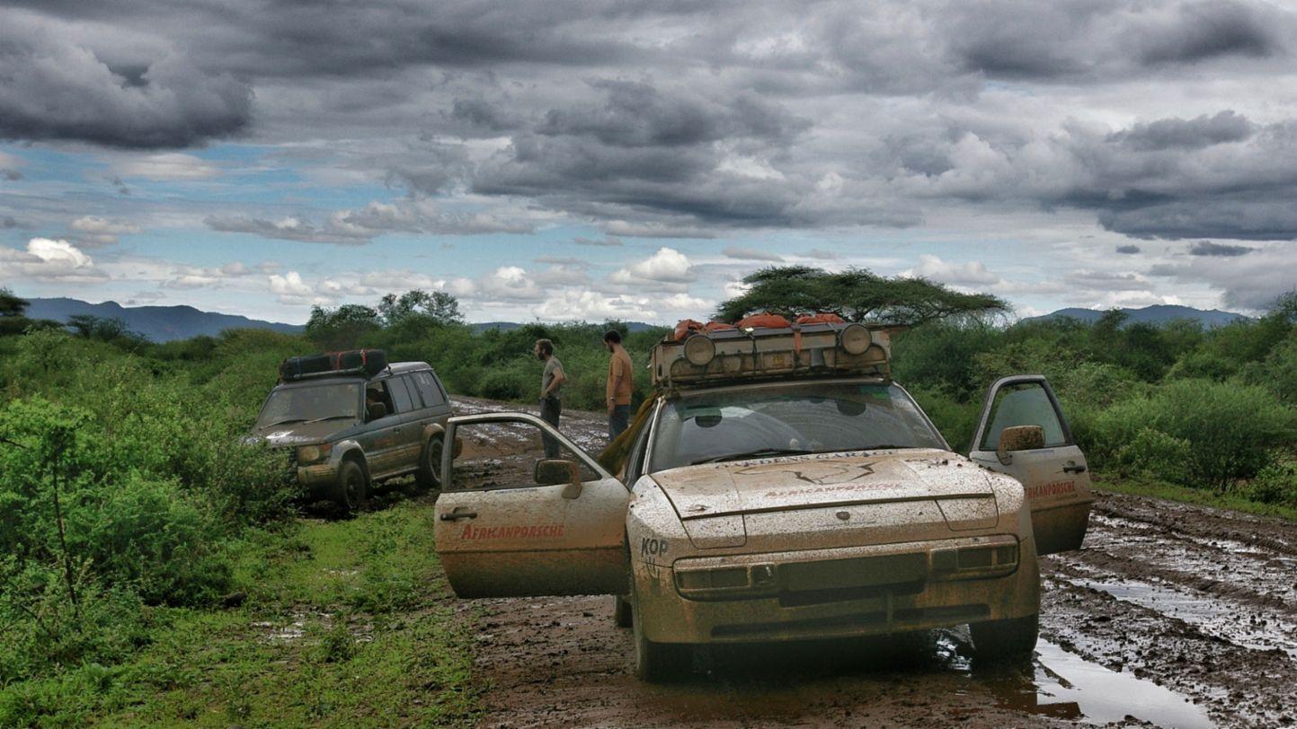 Africa Porsche 944 dirty stuck