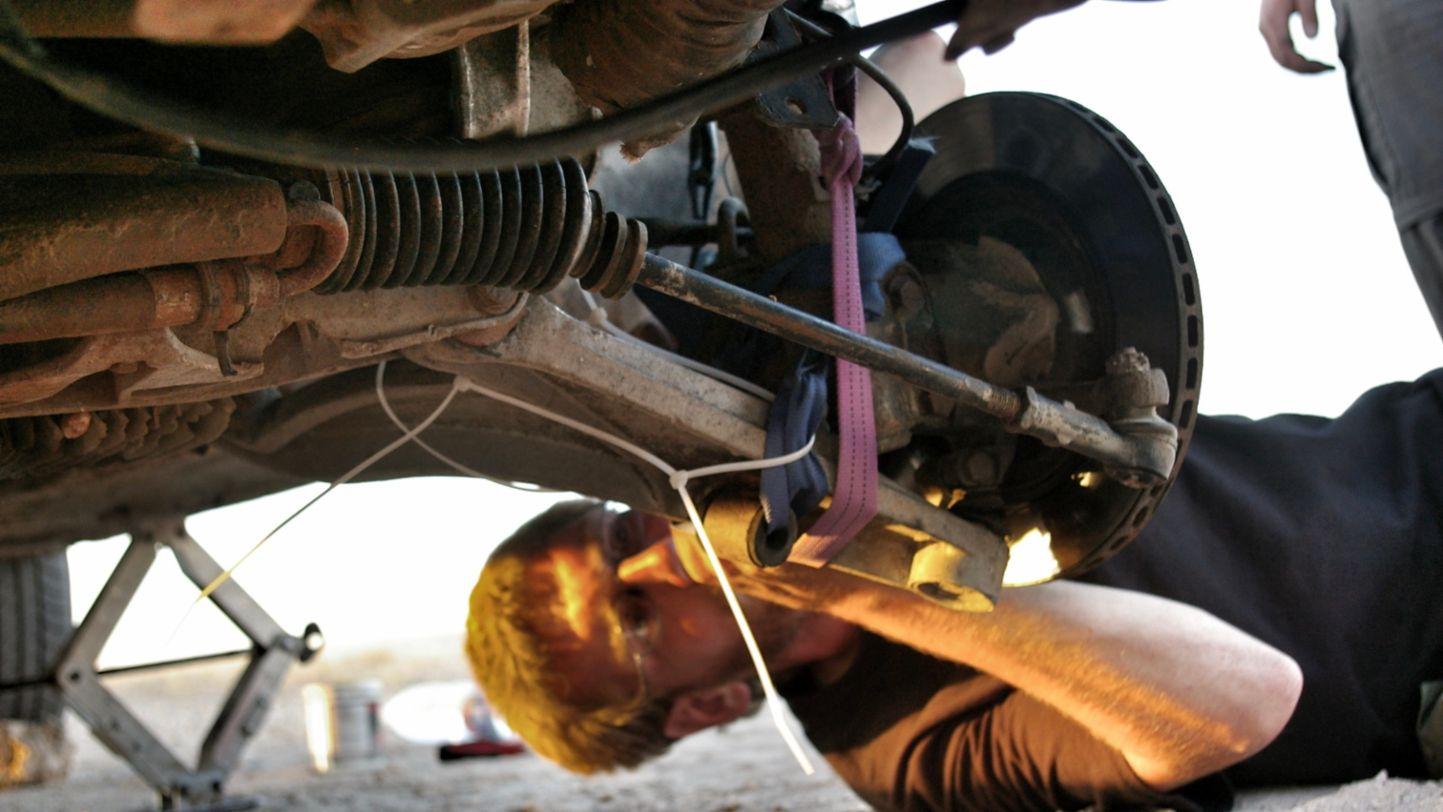 Africa Porsche 944 ball joint repair