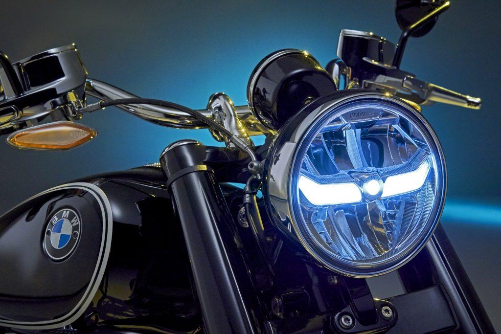 BMW R18 headlight detail