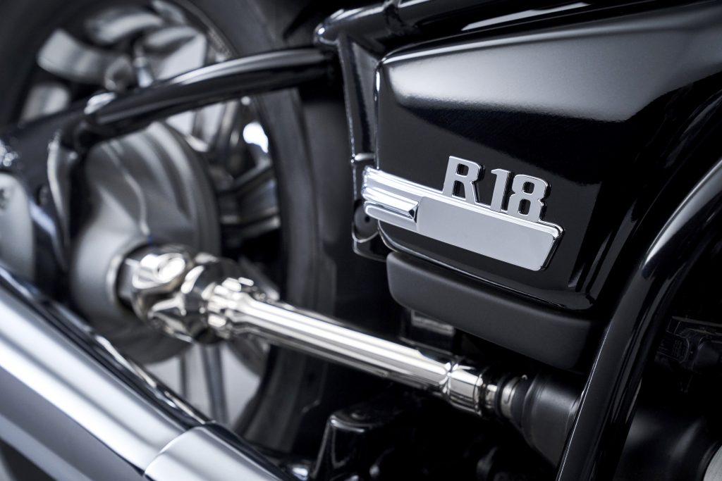 BMW R18 open shaft drive detail