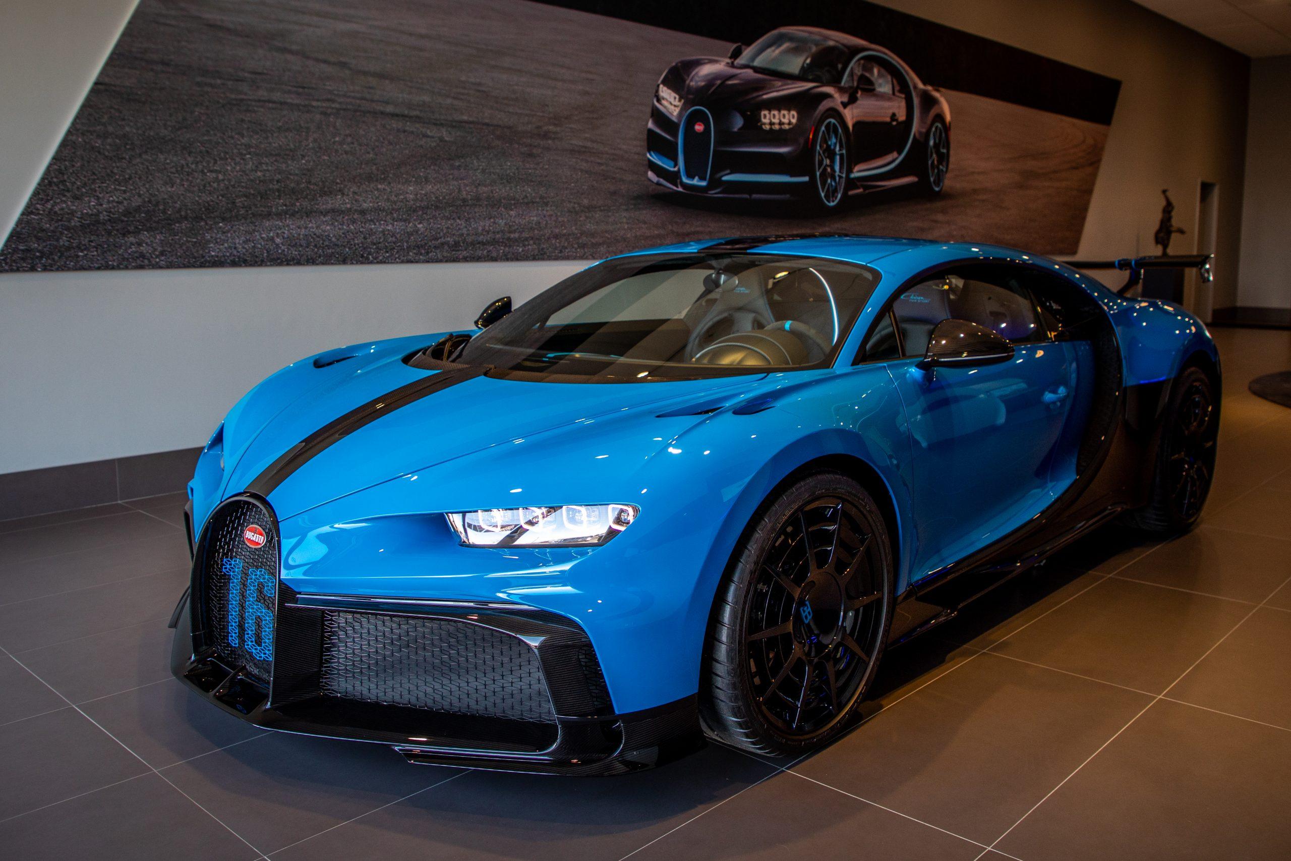 Bugatti-Chiron-Pur-Sport-show-car-13