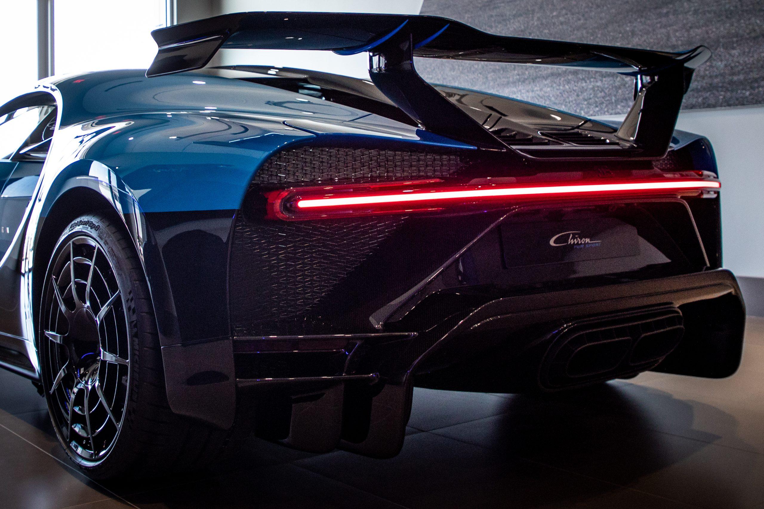 Bugatti-Chiron-Pur-Sport-show-car-14